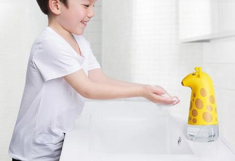 洗手台上的創意洗手液瓶,伸手自動吐泡沫 女人/居家生活  洗手液瓶