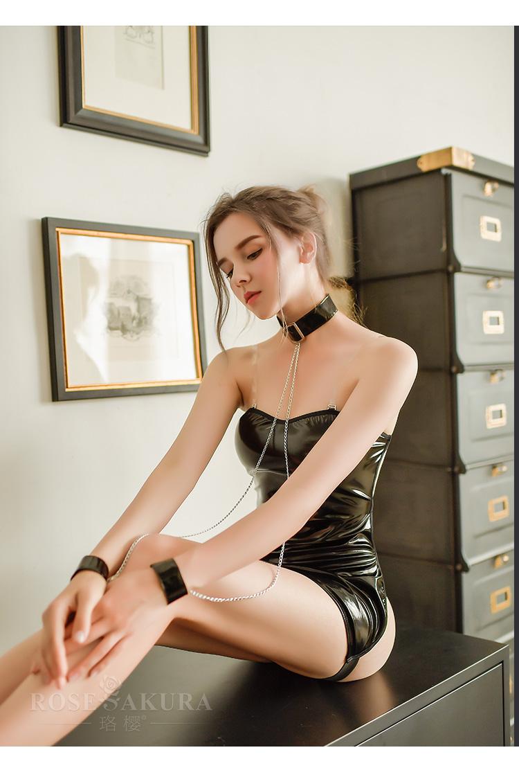 情趣内衣角色扮演性感链条漆皮露背束缚牵引套装  情趣內衣